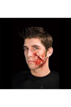 Cicatrice Sanglante En Latex Fermée Par Épingles