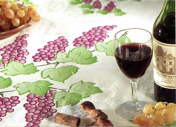 nappe carreaux rouge blanc articles de f te vaisselles jetables le. Black Bedroom Furniture Sets. Home Design Ideas